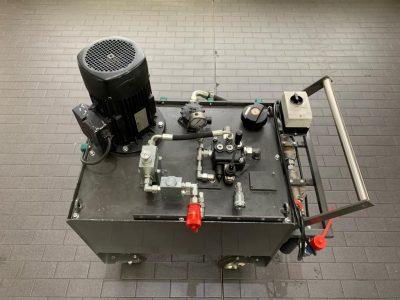 Spülgerät zur Reinigung von hydraulischen Anlagen